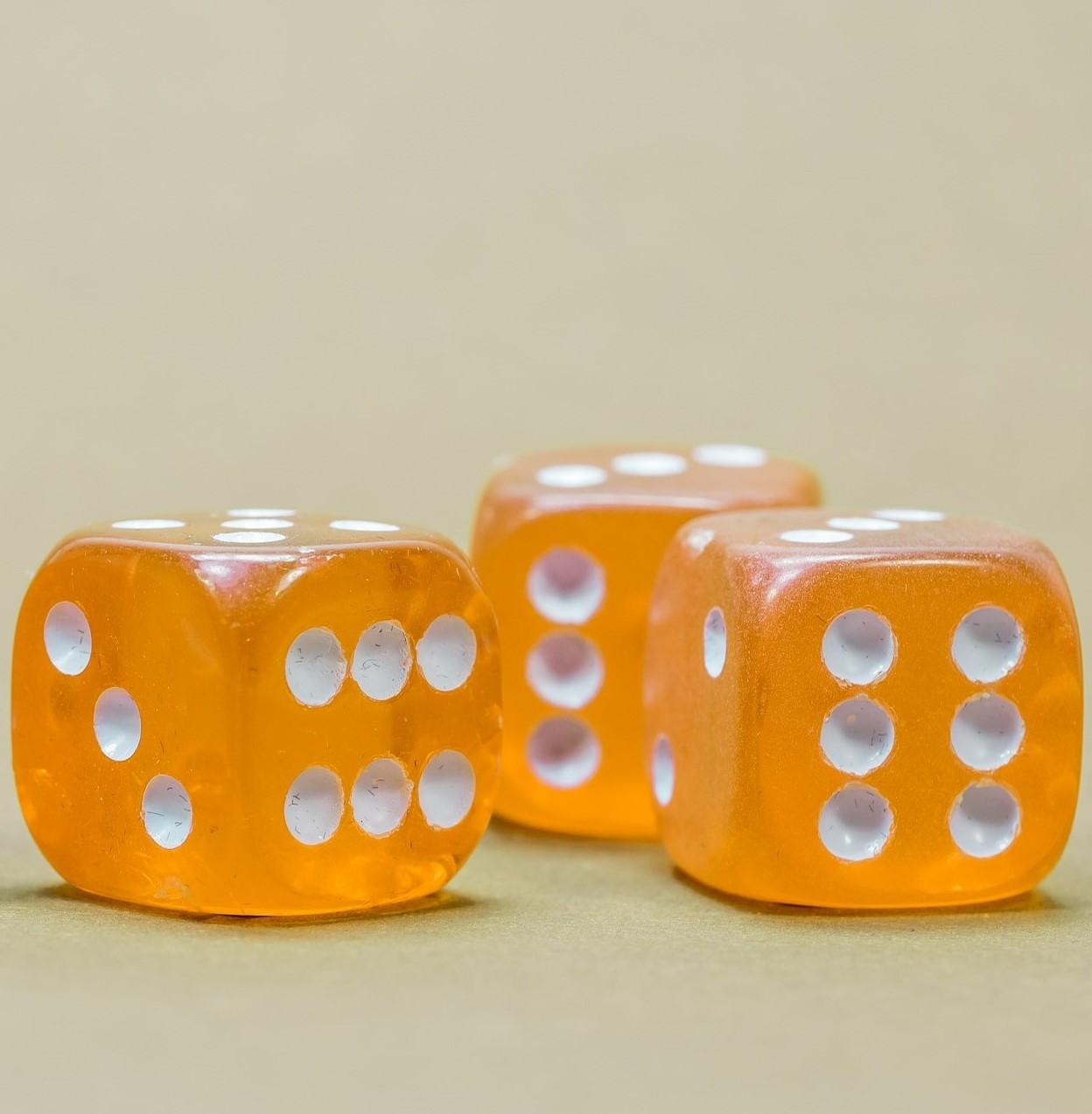 cube-568193_1920